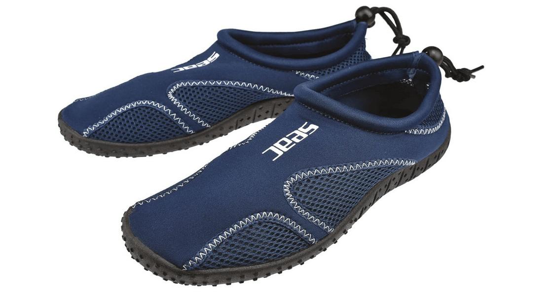 Comparatif pour choisir les meilleures chaussures piscine